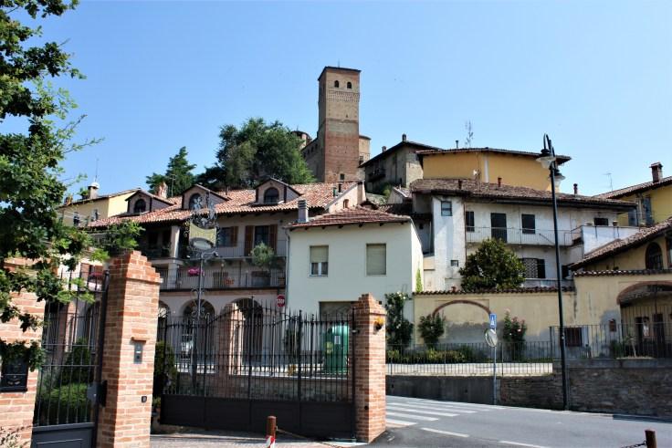 View Serralunga
