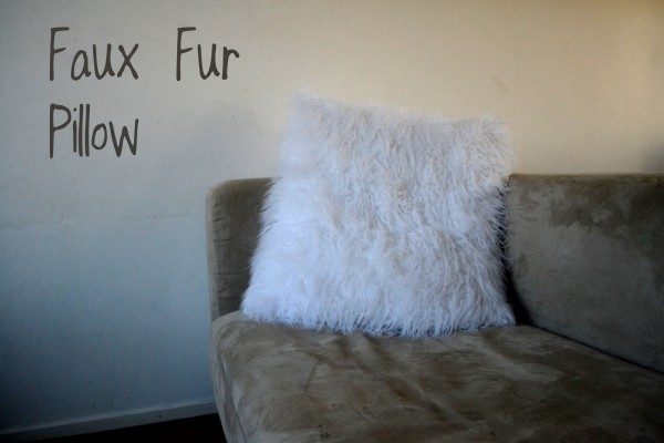 Faux Fur Pillow – Weekly Pin Project #26