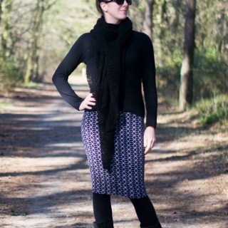 Knit Pencil Skirt - Pattern by Delia Creates, sewn by Pienkel, fabric by By Poppy
