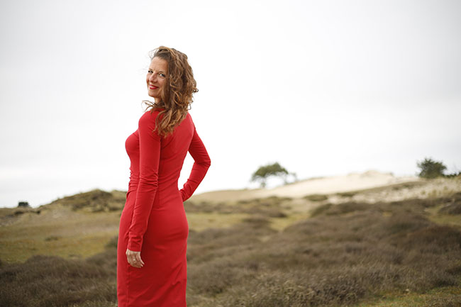 Lady In Red - Suzinka Dress - Sewn by Pienkel, fabric by JoyFits, pattern by Lillestoff