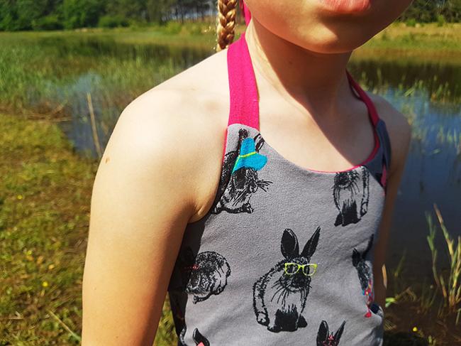 Gloria Top - Free pattern by Emma & Mona - Sewn by Pienkel