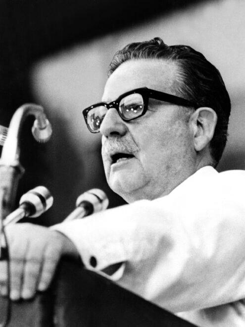EEUU calificó de «doloroso y maloliente triunfo», el de Allende en Chile hace 50 años, según cables