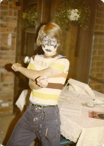 kp-kissed_1979_05