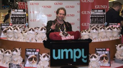 grumpy cat, tardar sauce, piercingmetal ken pierce, photo by skeleton pete parrella