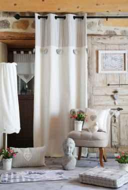 brise bise romantique en pointe raye ecru et gris decor coeur brode avec pompon 45x60cm 100 coton chinon