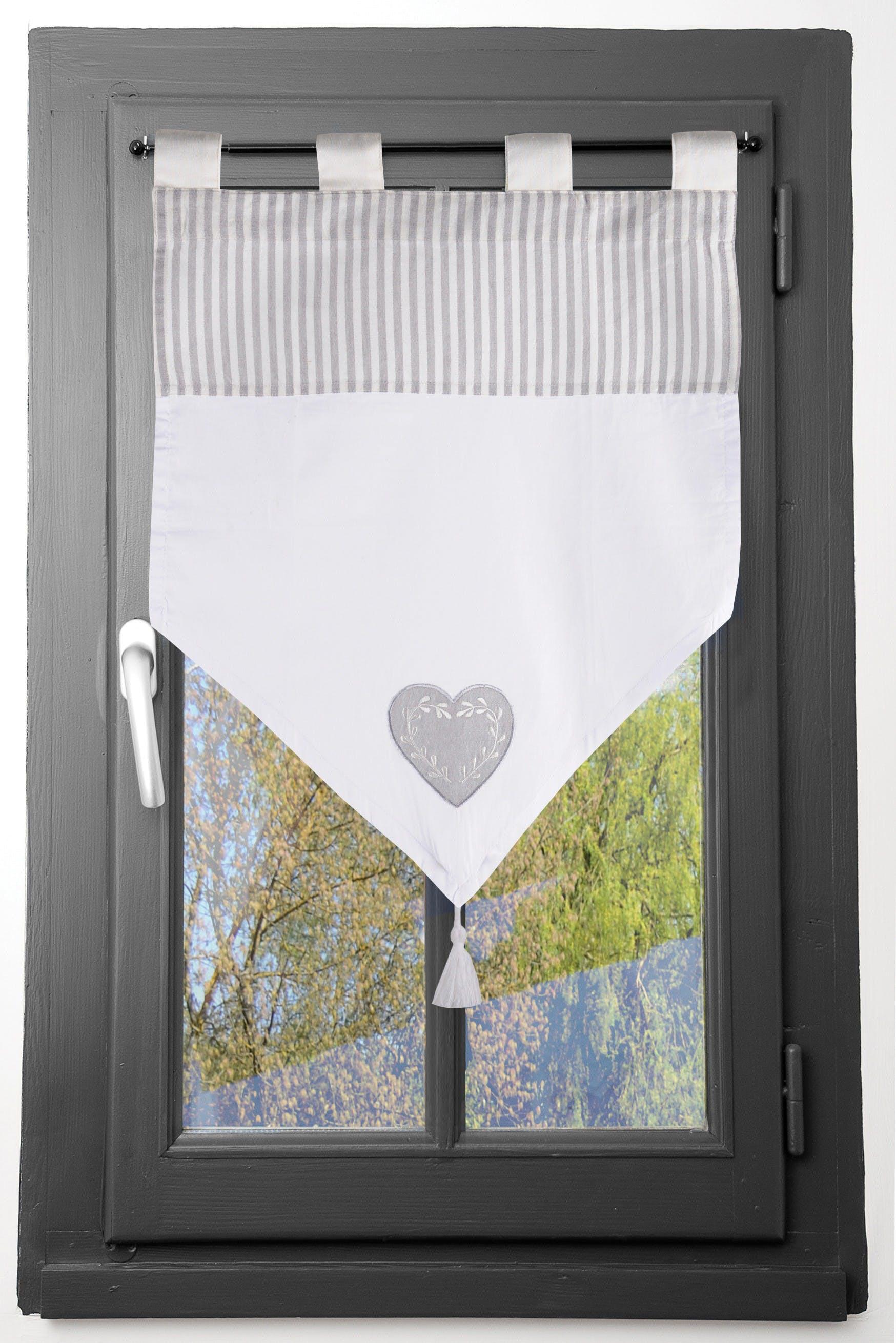 brise bise romantique en pointe raye ecru et gris decor coeur brode avec pompon 60x60cm 100 coton chinon