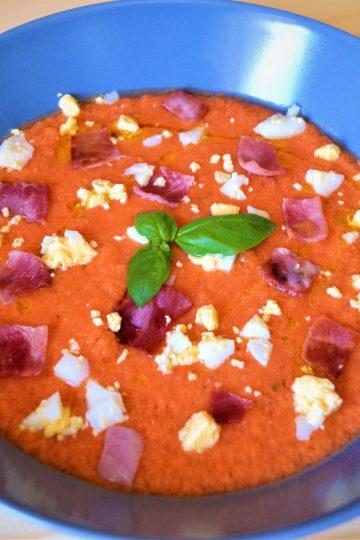 salmorejo, chlodnik, pomidory, gazpacho, zupa, jajko na twardo, szynkadlugodojrzewajaca
