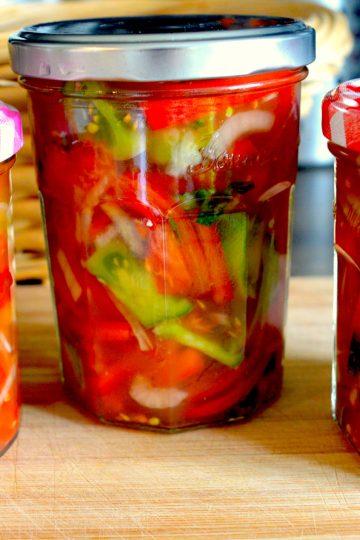 salatka z zielonych pomidorow, przetwory, pickles