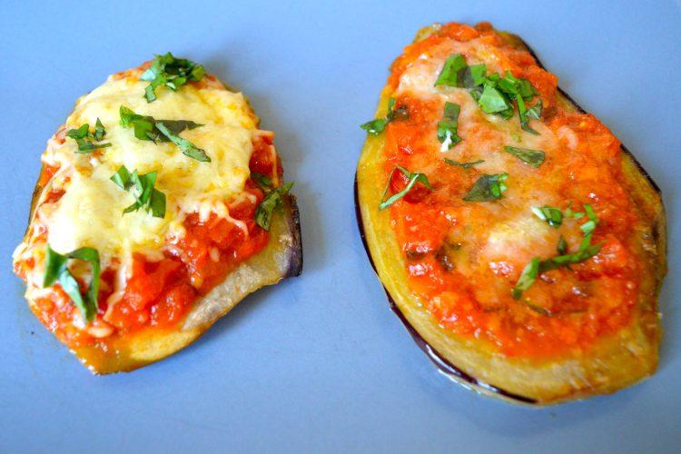 aubergines gratinées, sauce tomate