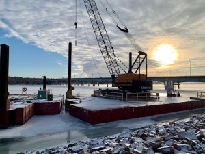 Barges and crane_2.12.21