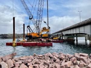 Crane on barge_4.20.21