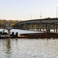 Tugboat moving barge_4.29.21