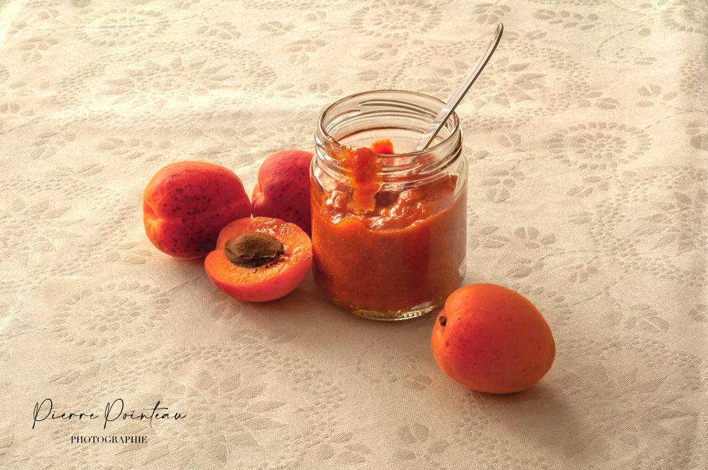 Photographie d'une marmelade d'abricots, pare Pierre Pointeau, photographe culinaire