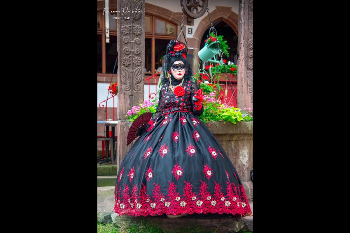 portrait d'un carnavalier, parade vénitienne à riquewihr