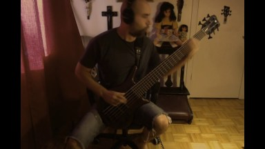 Starship – Nothing's Gonna Stop Us Now Bass cover