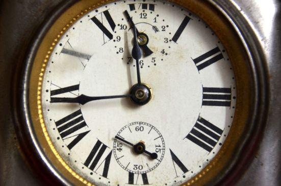 Clock- Ref.E01
