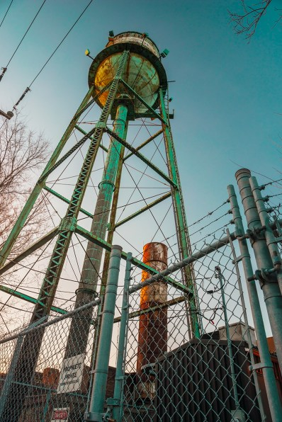 canal_lachine_montreal_water_tower_contre_plongee_green_rust_oxydation_avr