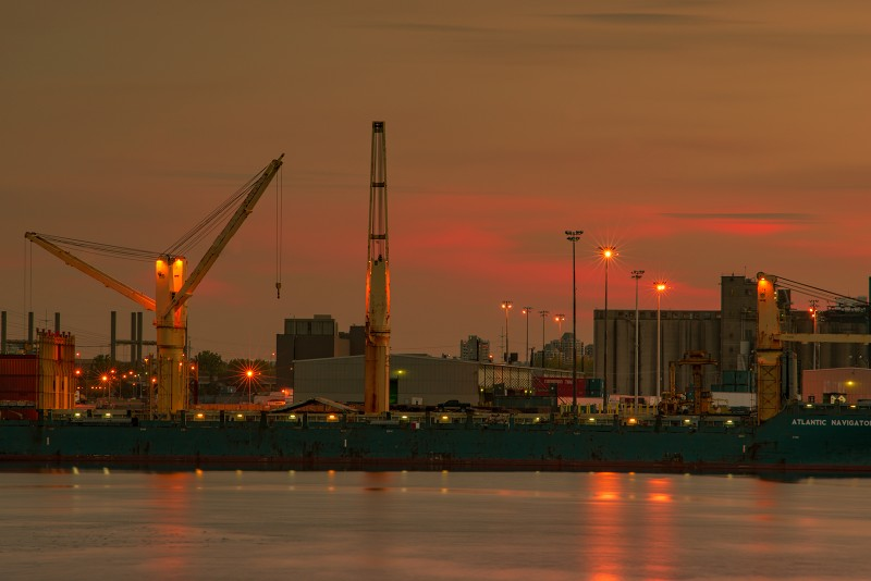 vieux_port_montreal_atlantic_navigator_sunset_ice_atlantic_navigator_silo_crane_DSC3487_s_w