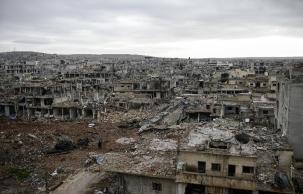 vue-sur-une-partie-de-la-ville-syrienne-de-kobane-le-30_917796