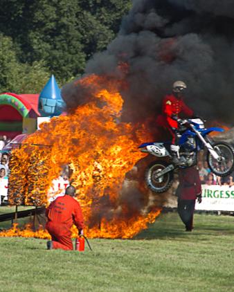 Aylsham show - stunt motorcycle