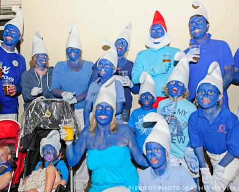 Cromer carnival fancy dress hundreds of smurfs