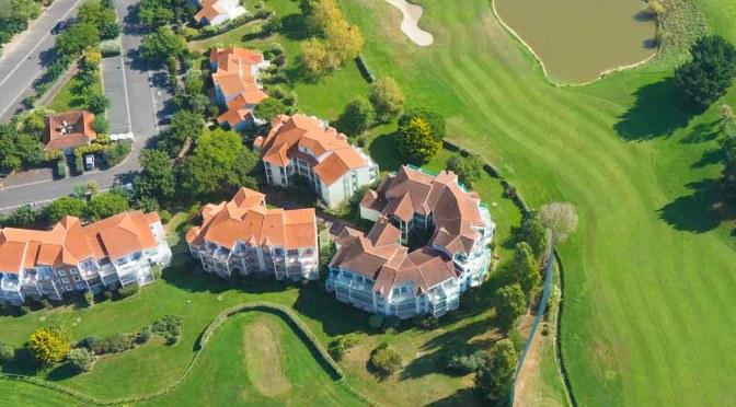Photo aérienne d'immobilier, bien mis en valeur, en photo ou en vidéo, grâce à de la photo aérienne par drone.