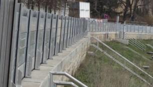 Flutschutzmauer Testaufbau 2103