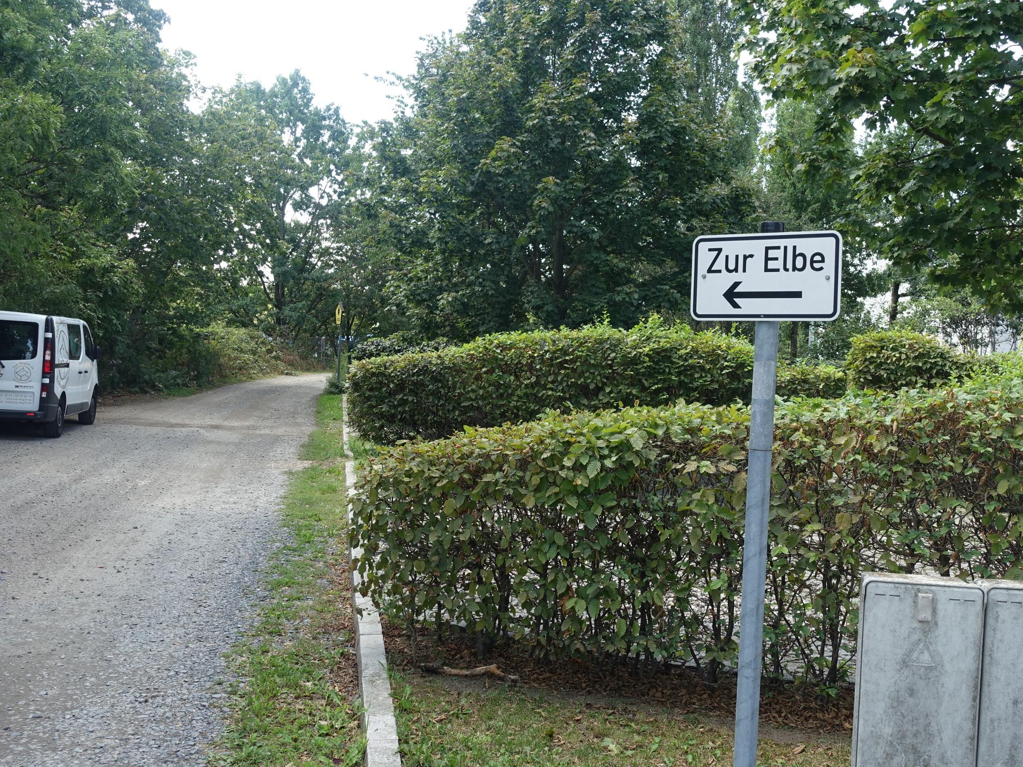 Elberadweg Scharfenberger Straße