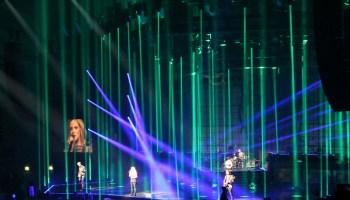 Upea valoshow nähtiin konsertissa.
