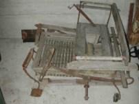 materiale etnografico, calesse in legno.