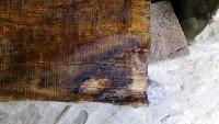 consolidamento: rimozione degli eccessi di resina.