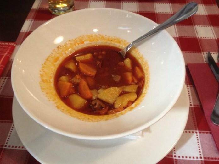 Cosa ho visto a Budapest gulash piatti tipici