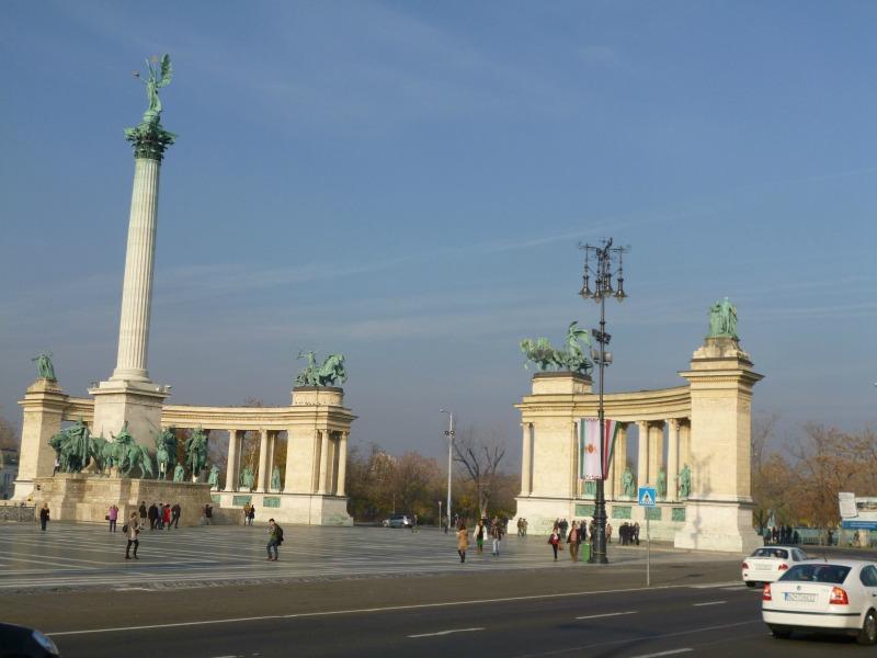 Cosa ho visto a Budapest piazza degli eroi
