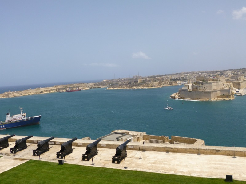 5 cose da fare a malta saluting battery