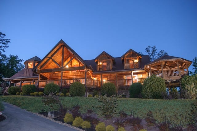 Paradise Point Pigeon Forge Summit Cabin Rentals