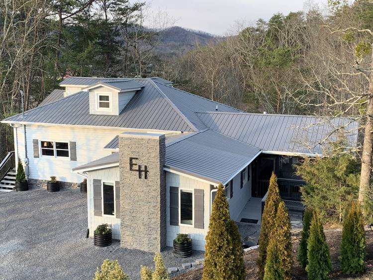 8 bedroom vacation rental pigeon forge