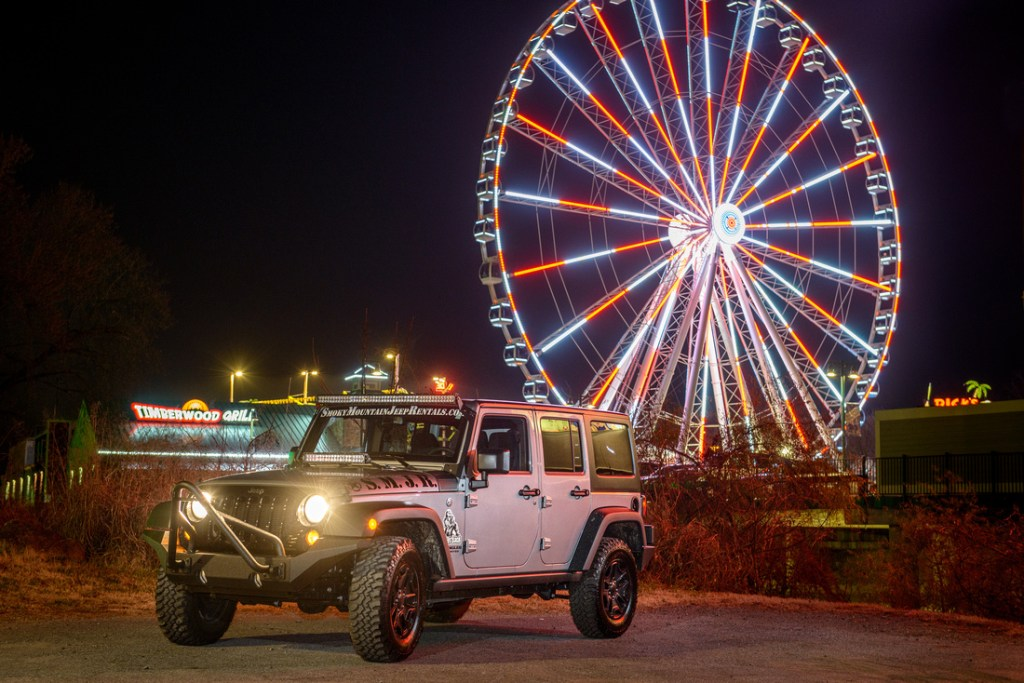 The Island Jeep Rentals Pigeon Forge