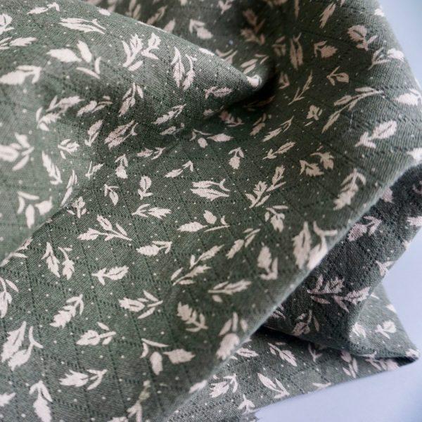 Leaves on olive green -TC-XG1-9 --