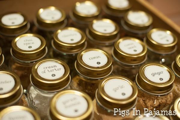 Spice jars 9482572590 o