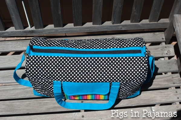 Weekend duffle pattern by betz white 34112387530 o