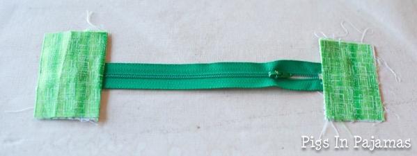 Green ditty bag zipper 11039054854 o