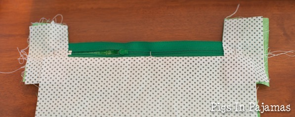 Green ditty bag zipper 11039075084 o