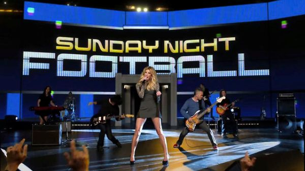 Faith Hill on Sunday Night Football (Photo: NBC)