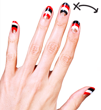 "The 49ers ""fanicure"" from COVERGIRL"