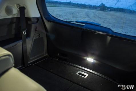 Ford S-MAX tavaratilan valo