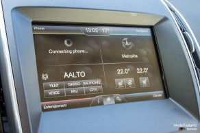 Ford S-MAX touchscreen
