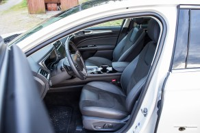 Mondeo front seats