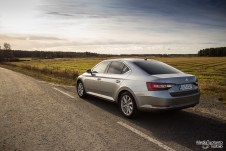 Skoda Superb rear
