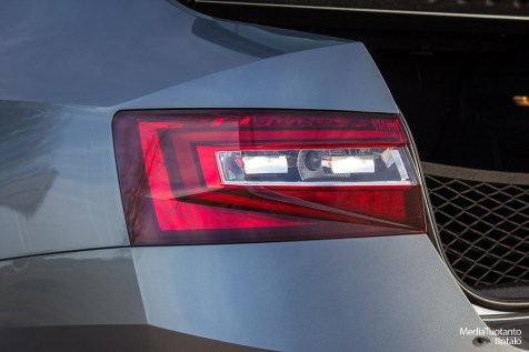 Skoda Superb rear light