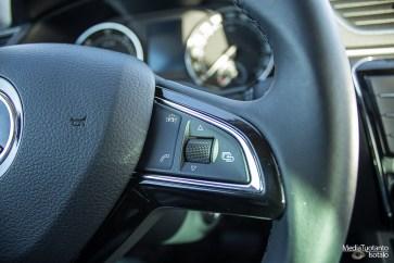 Skoda Superb wheel buttons